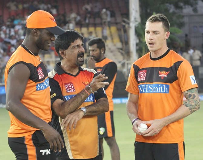 From left, Sunrisers Hyderabad Darren Sammy with K Srikant and Dale Steyn