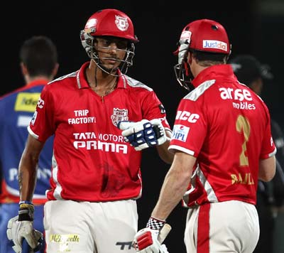 Punjab qualify for IPL play-offs after shaky win against Delhi