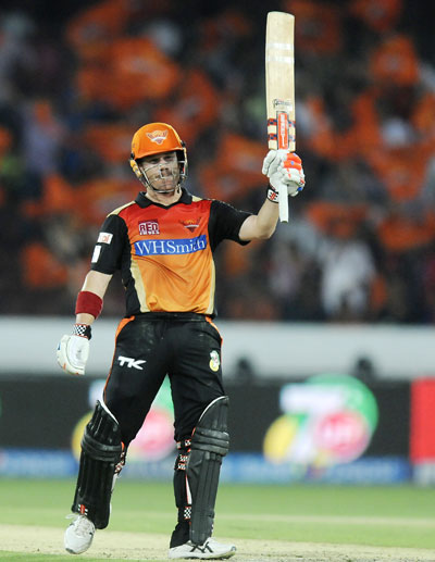 Sunrisers Hyderabad stay in hunt with win over Royal Challengers