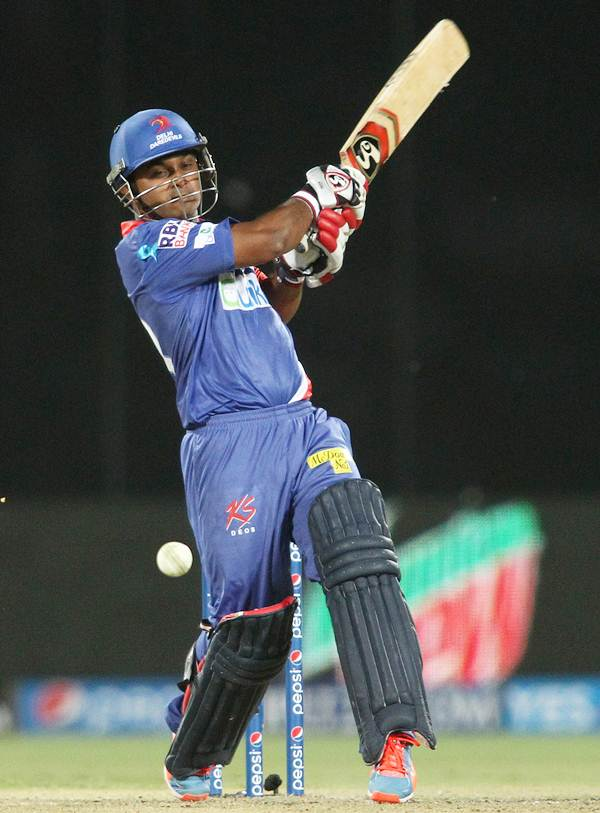 Kedar Jadhav bats for Delhi Daredevils during Season Seven of the IPL.