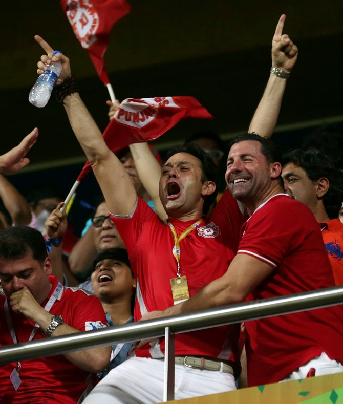 Ness Wadia (left) celebrates after Kings XI clinch victory.