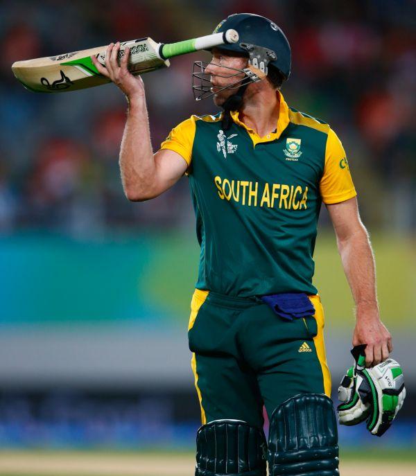 Kohli empathises with out-of-form De Villiers