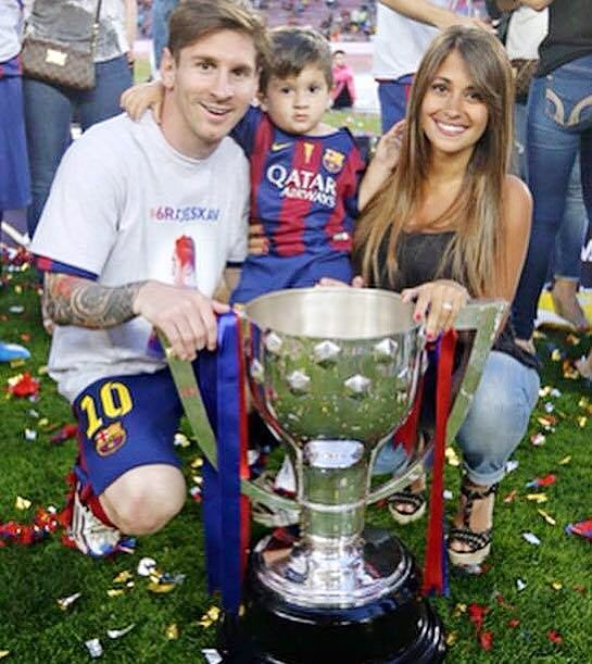 Lionel Messi, son Thiago and girlfriend Antonella