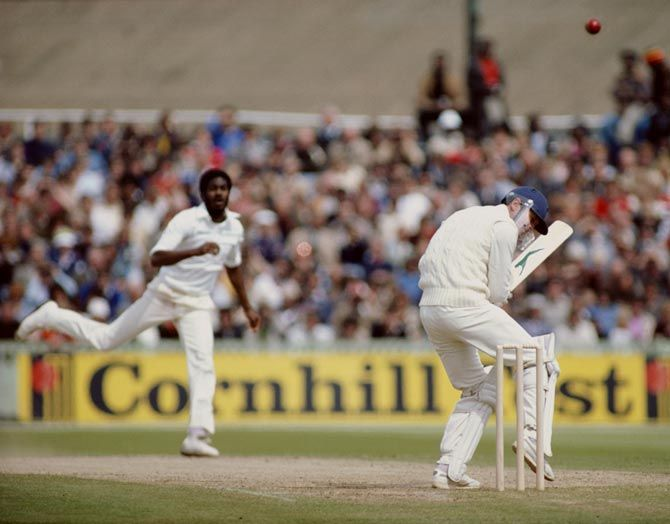 Michael Holding bowls a bouncer to Geoff Boycott