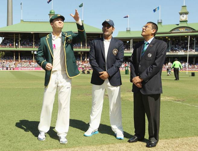Michael Clarke and Mahendra Singh Dhoni at the toss