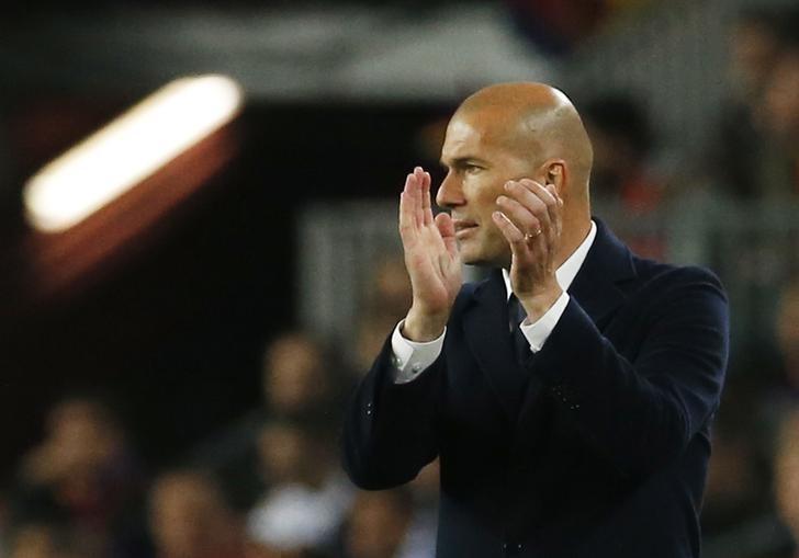Zidane set to replace Solari at Madrid