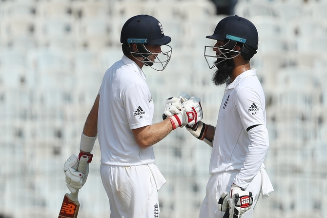 Joe Root and Moeen Ali did well to steady the ship after losing England lost two quick wickets in the first session of play on Day 1