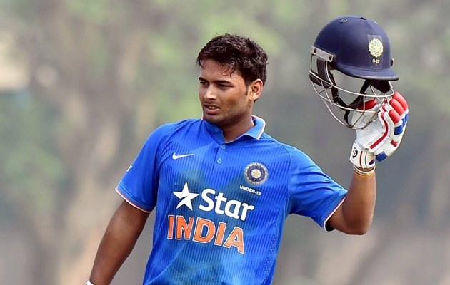 Rishabh Pant celebrate scoring a fifty for Indian under-19 World Cup
