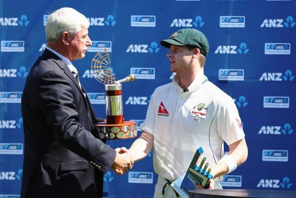 Steve Smith of Australia recieves the Trans Tasman Trophy from Sir Richard Hadlee