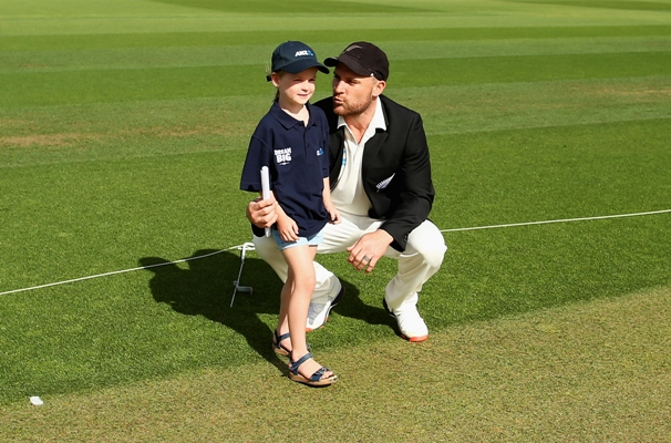 Brendon McCullum of New Zealand with his daugher Maya