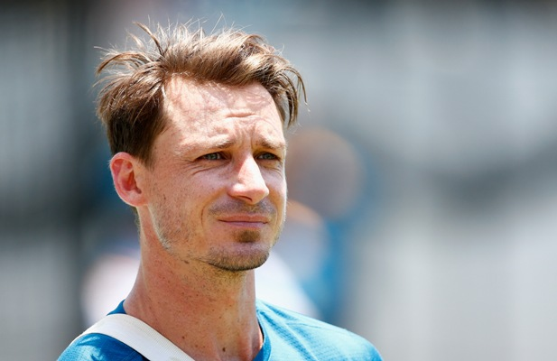 Dale Steyn of South Africa looks on