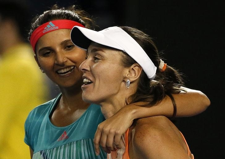 The world No.1 women's doubles pair have had problems playing on clay