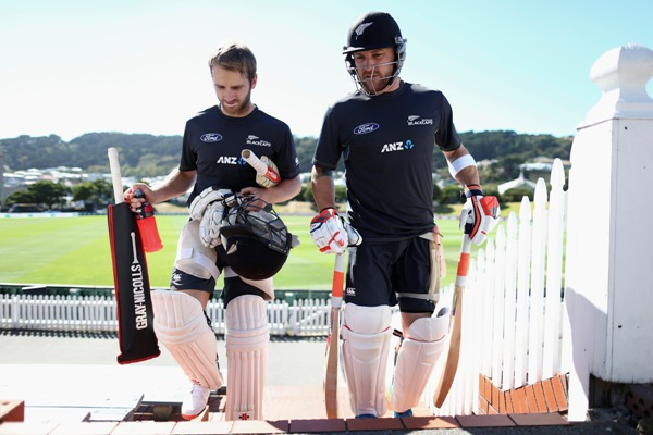 Kane Williamson and Brendon McCullum of New Zealand walk to the nets