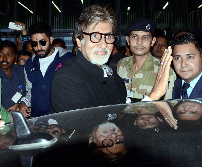 992bd994bf India v Pak  Amitabh Bachchan sings national anthem at Eden Gardens ...