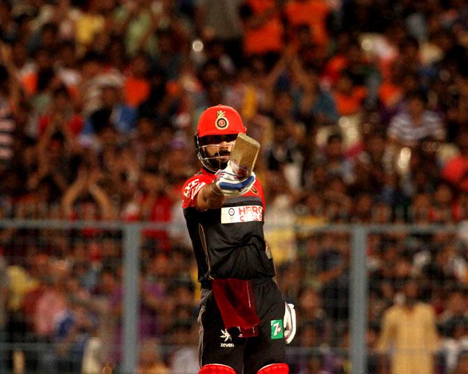Ipl Photos Kohli De Villiers Shine Again As Rcb Down Kkr To Keep Hopes Alive Rediff Cricket