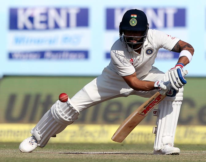 Virat Kohli bats on Day 5