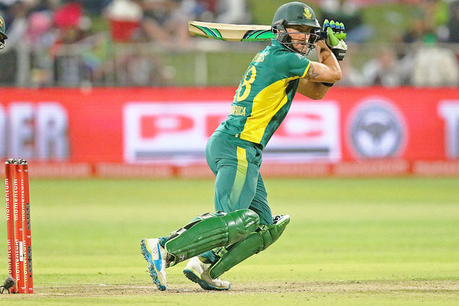 SA captain Du Plessis out of India series with injury