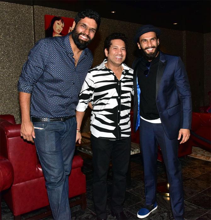 PHOTOS: Sachin Tendulkar parties with Ranveer Singh