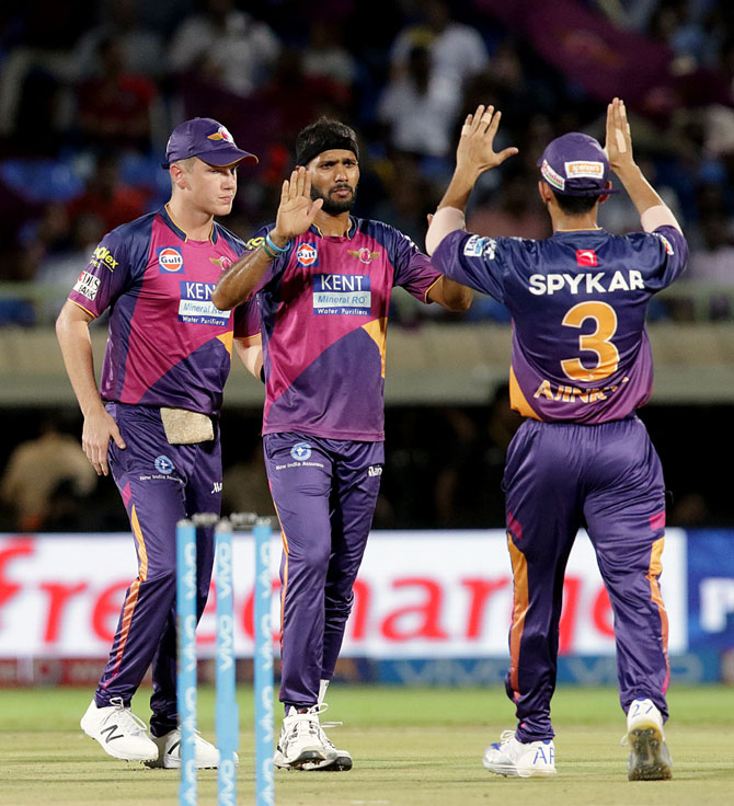 IPL: Smith-led Pune face tough opener against Mumbai Indians