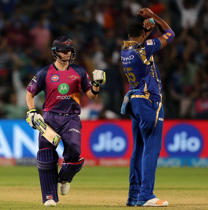 IPL PHOTOS: Sensational Smith steers Pune to victory