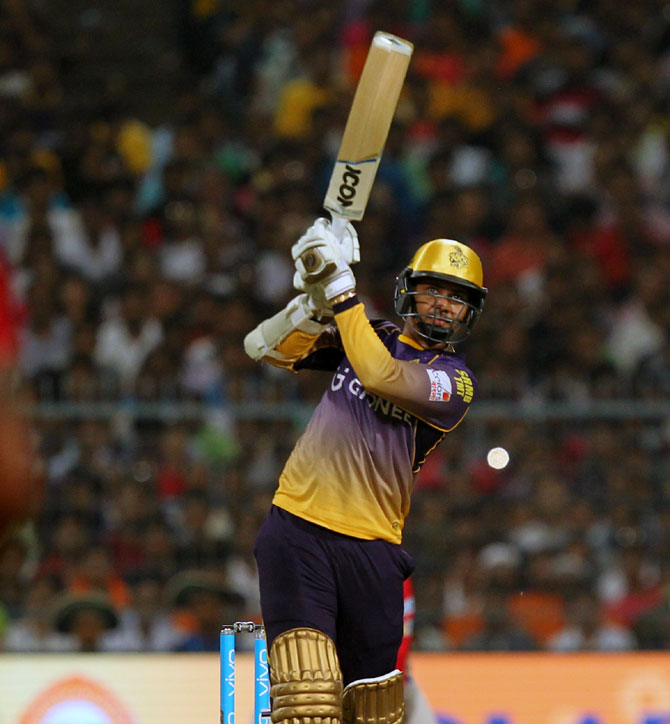 Here's why KKR should start trusting Narine's batting skils