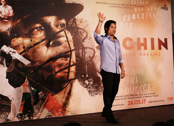 Sachin pads up for his big screen debut