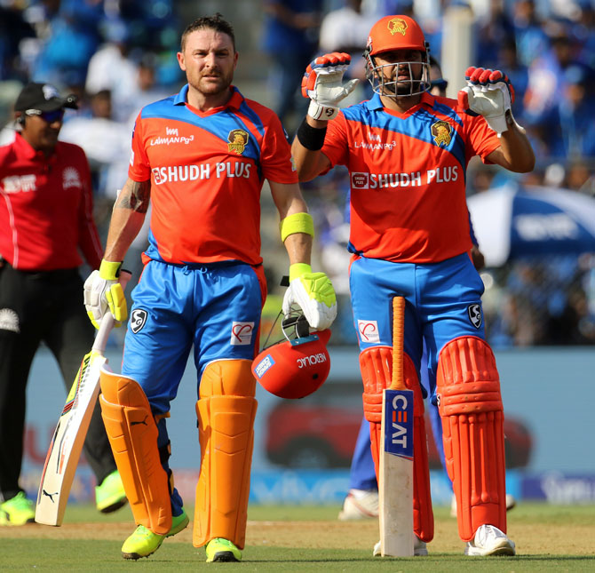 Big blow for Gujarat Lions as McCullum ruled out of IPL