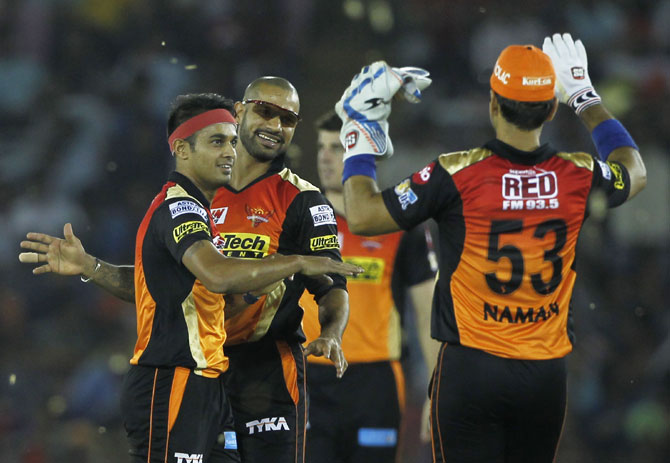 IPL PHOTOS: Sunrisers put all round show to dim lights on Punjab
