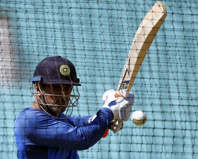 Dhoni hits the straps in practice along with ODI specialists