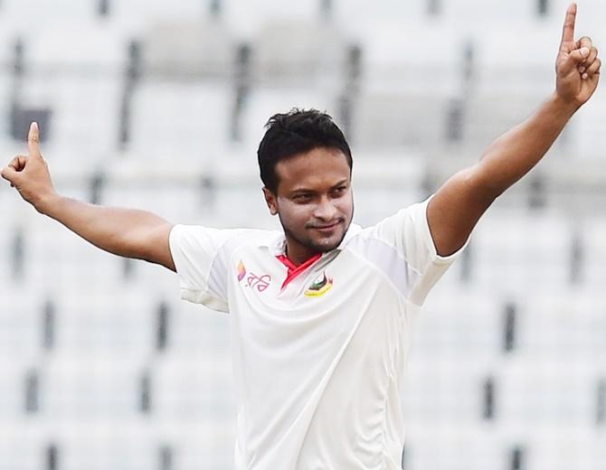 Shakib brilliance puts Bangladesh in box seat v Australia
