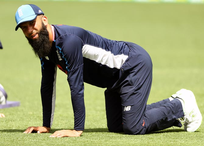 Moeen doubtful for second Ashes Test