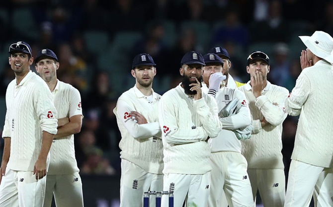 2nd Ashes Test: DRS remains a bone of contention