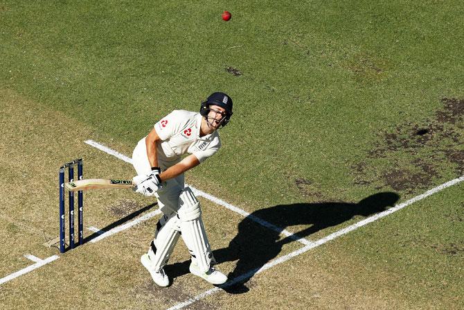 Ashes: Malan savours maiden ton after 'fun' battle with Aus pacemen