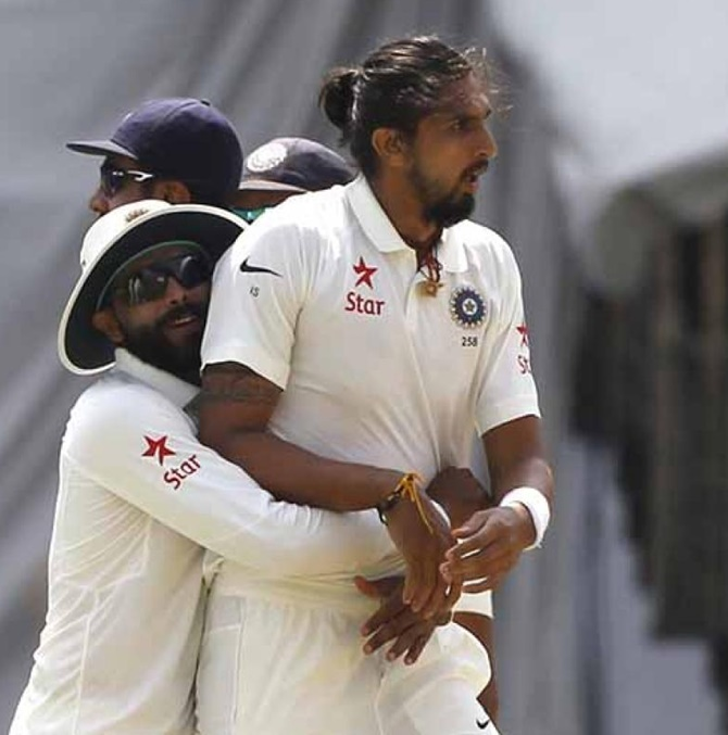 Ishant-Jadeja on-field argument caught on camera