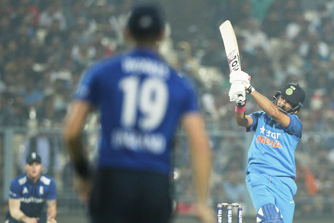 Yuvraj Singh bats during the 3rd ODI on Sunday