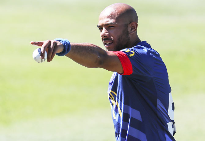 England have brought in left-arm paceman Tymal Mills for the T20s