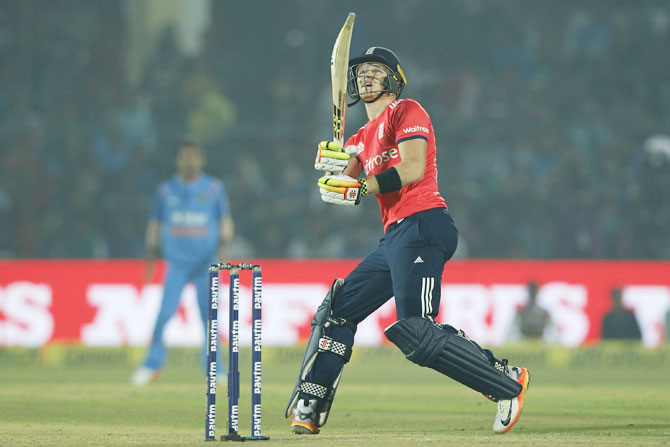Sam Billings goes big in his swift innings on top of the order