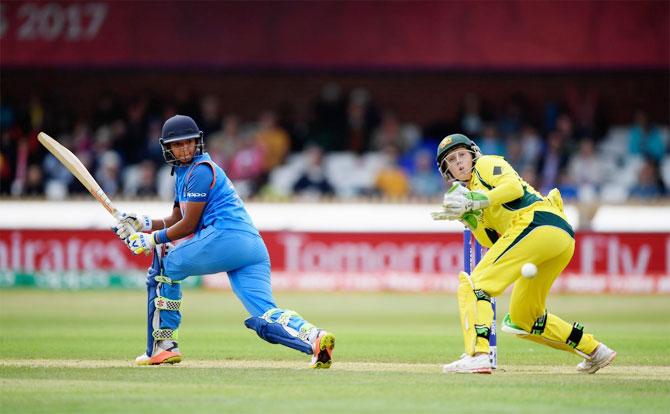 Women's WC: Centurion Harmanpreet helps India beat Aus to enter final