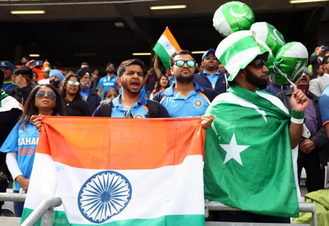 'India could be fined or banned if they don't play Pak in World Cup'