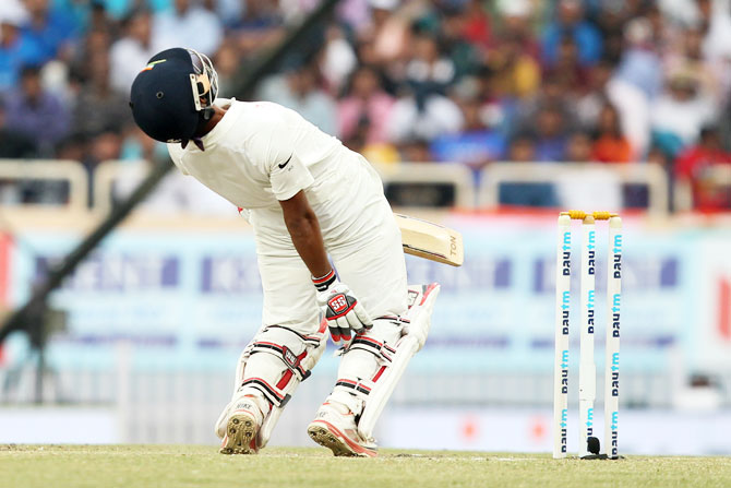 Wriddhiman Saha does well to evade a bouncer