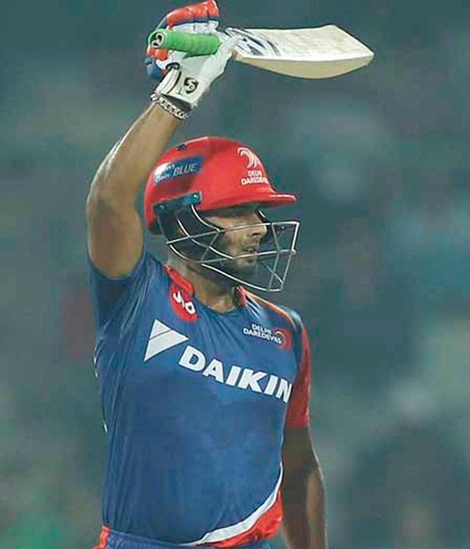 Tendulkar, Sehwag, Big B celebrate Pant's brilliant knock
