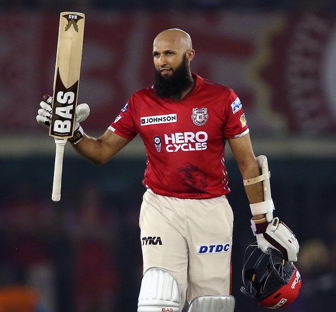 IPL: Punjab lose to Gujarat despite Amla's century