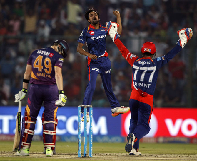 IPL PHOTOS: Delhi outclass Pune to throw open play-offs race