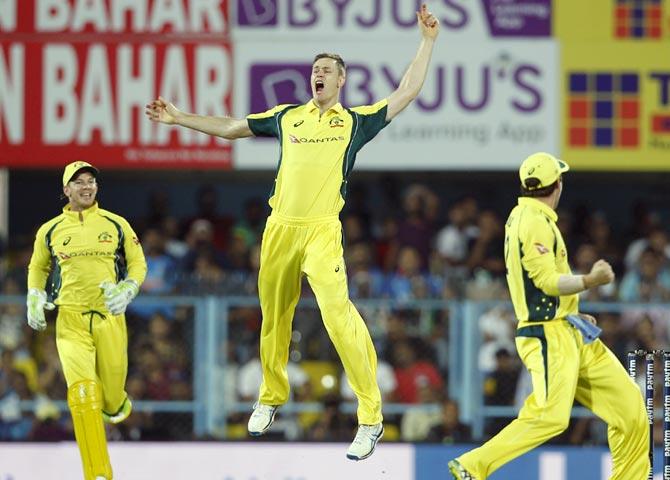 Behrendorff destroys India as Australia level series