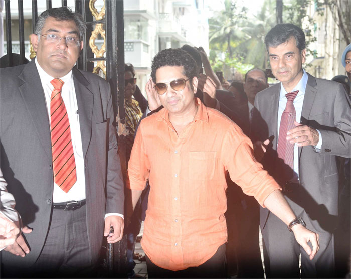 Tendulkar reminisces about late Raj 'bhai' Dungarpur