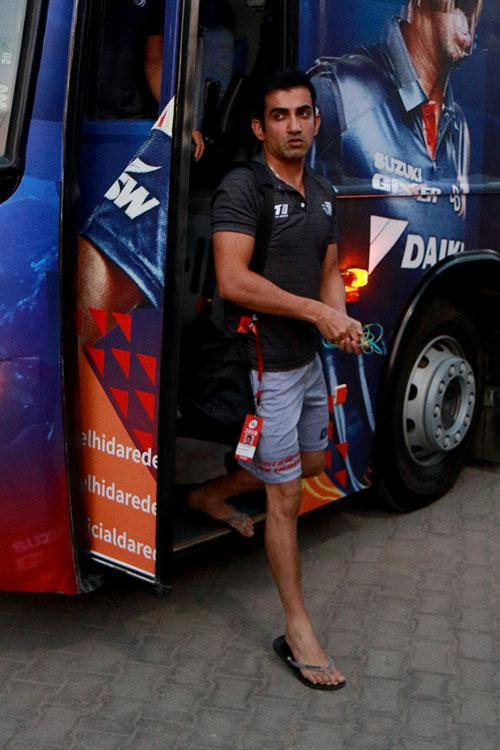 Gambhir to give up complete IPL salary