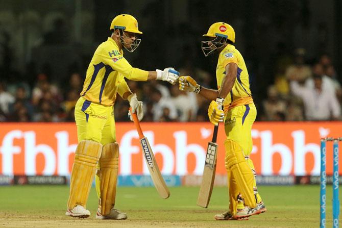Turning Point: Dhoni-Rayudu turn on the screws - Rediff Cricket