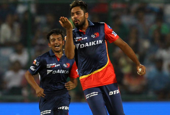 Mavi, Avesh reprimanded for breaching IPL Code of Conduct