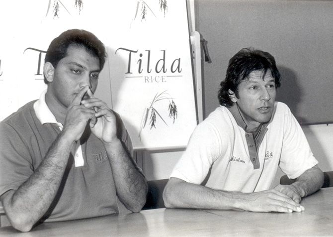 Imran Khan with Mohammad Azharuddin, right