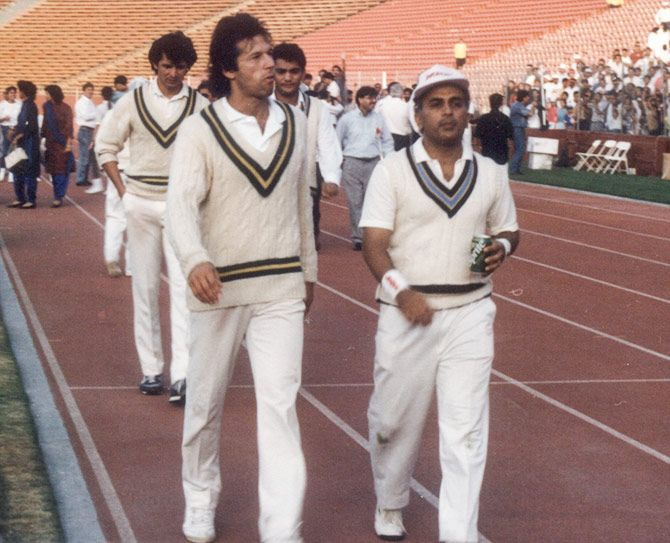 Sunil Gavaskar and Imran Khan at the end of a game